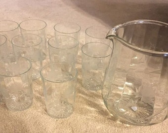 Vintage Clear Panel Pitcher & 11 Matching Glasses w/ Etched Flower/Vine ID# 14-40