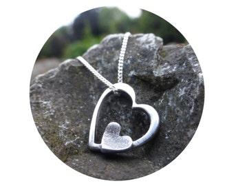 Dainty Fingerprint Necklace • Silver Fingerprint jewellery • Fingerprint jewellery • Fingerprint Pendant • Personalised Jewellery •