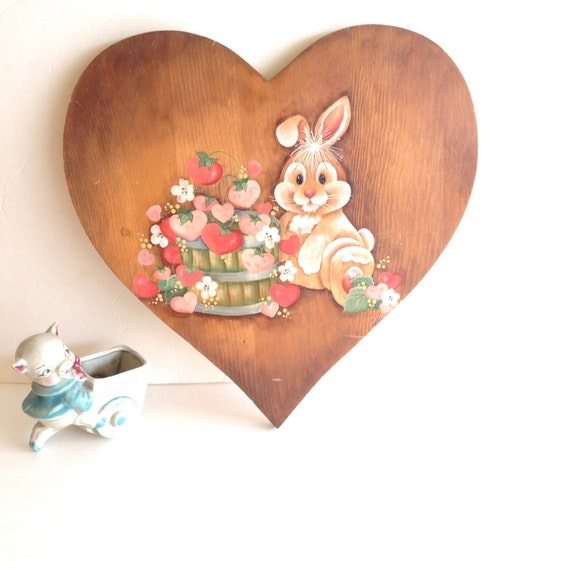 Large Heart Wall Decor : Signed by artist large wooden heart w hand painted bunny