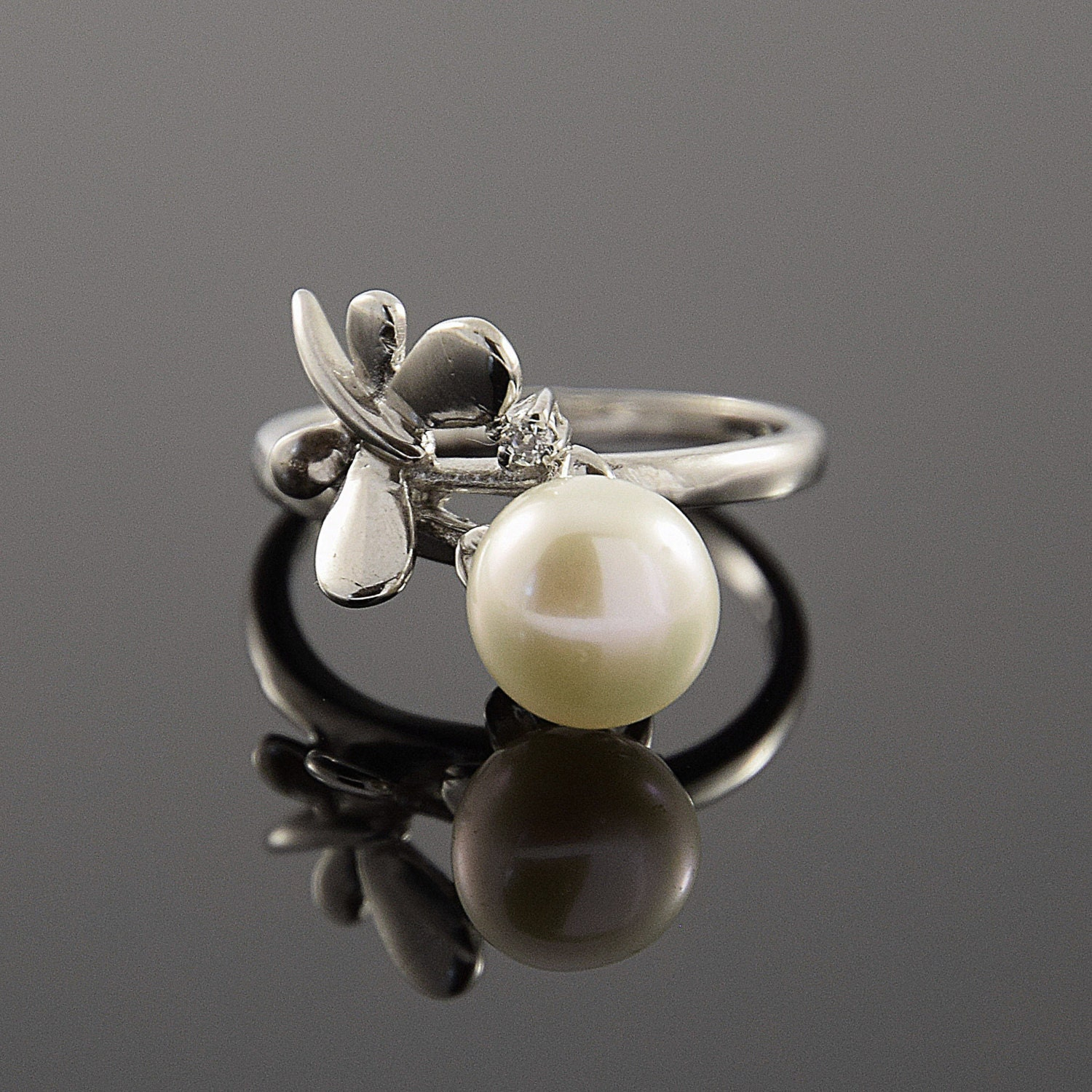pearl ring silver pearl ring white pearl ring butterfly