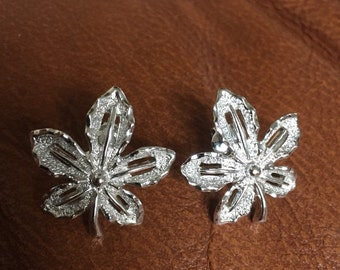 Vintage Designer Sarah Coventry Clip On Earrings - Maple Leaf