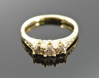 10K 0.47 CTW Diamond Engagement Ring - Size 5.5 / Yellow Gold - EL10202
