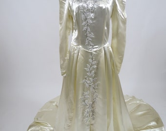 1940s/1950s Liquid Satin Wedding Gown / Glass Beading / Tulle Ruffles