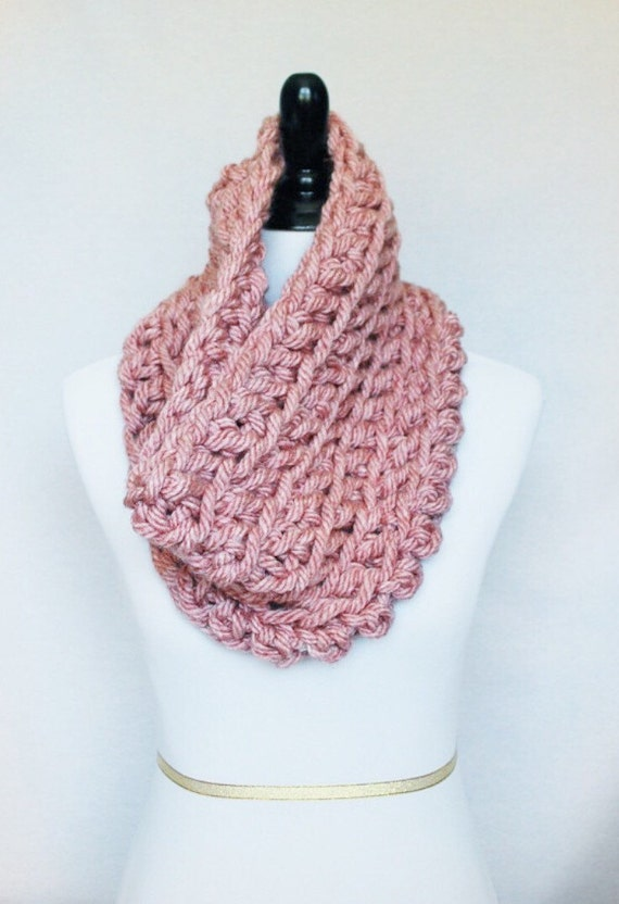 Light Red Crochet Scarf, Crochet Cowl, Chunky Shoulder Wrap, Pink Neck Warmer, Light Red Infinity Scarf, Wrap Scarf, Snood