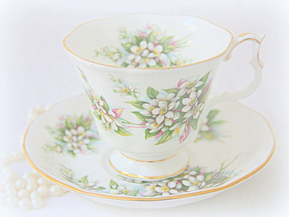 Vintage Royal Albert Blossom Time Series 'Orange Blossom' Large Gainsborough Cup and Saucer, England
