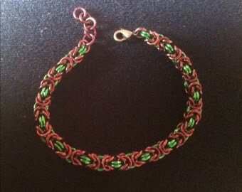 Byzantine Weave Bracelet - Green and Brown