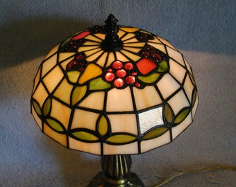Stained Glass Lamp - Fruit Theme - Grapes