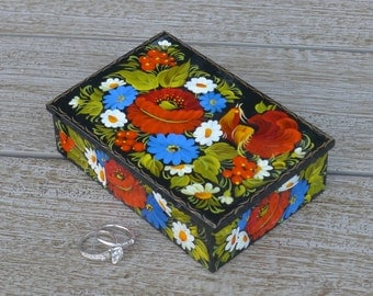 Painted jewelry box - Jewellery box - Wooden trinket box - Treasure box - for her - Valentine's day gift - Unique gift - Gift for her