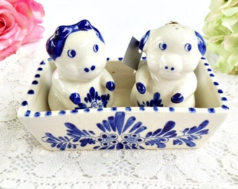Vintage Delft Pig Salt and Pepper Shakers | Blue and White Salt and Pepper, Vintage Salt and Pepper, Delft Salt Pepper Shaker, Pretty Shaker