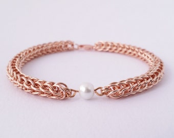 Rose gold and white glass pearl full persian weave chainmaille bracelet