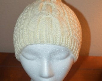 Womans Cable Knit hat