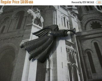 ON SALE Vintage 1930s Over Sized Angel Playing Trumpet Pin 1357