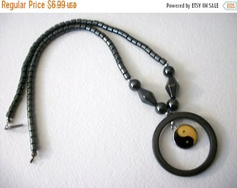 ON SALE Vintage 1960s Hematite Circle Pendant Necklace 63016