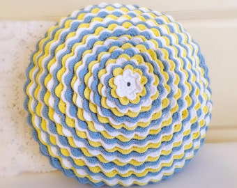 Crochet pillow round-blue/yellow/white