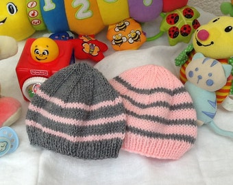 Lot 2 cups baby knit grey and pink