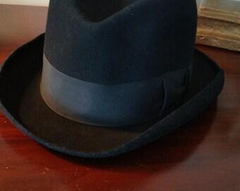 Vintage Black Felt Homburg Men's Hat/  Chemisier Jackson Charlie Bruxelles/ Small Size