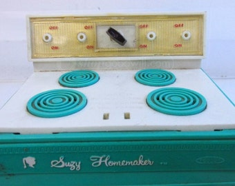 Vintage Turquoise Green Suzy Homemaker Oven