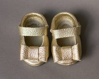 Golden Leather Baby Moccasins Mary Janes with Bows, baby moccasin