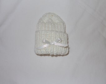 The Preemie Bereavement Hat