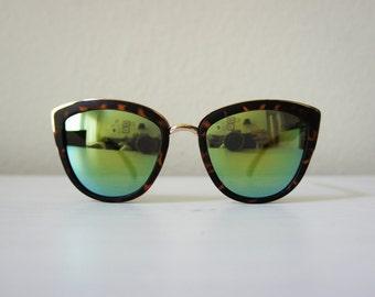 Sunglasses // Retro Sunglasses // Sunny Cat Eye Reflective Green Sunglasses