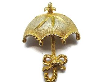 Umbrella Brooch Vintage Gold Tone Rainy Day Pin P46
