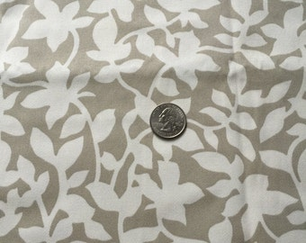 Vicki Payne Leaves in natural and white cotton twill fabric