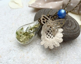Necklace with real Flowers