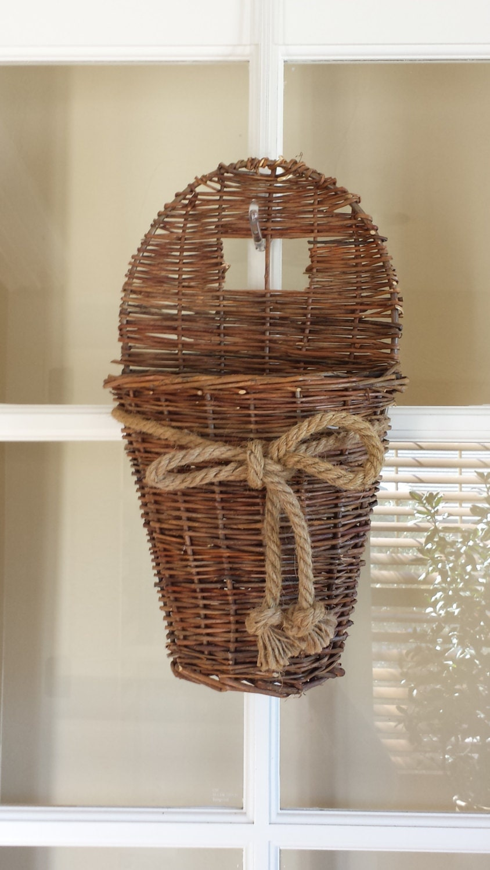 willow hanging basket with natural rope bow hanging basket. Black Bedroom Furniture Sets. Home Design Ideas