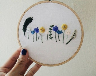 Flowers - Embroidery Hoop