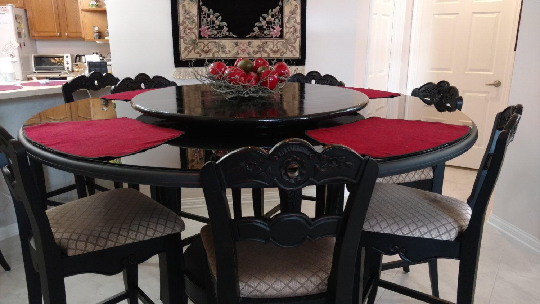 Elegant lazy susan for dining table centerpiece for Elegant dining table centerpieces