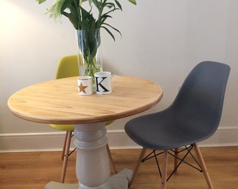 SOLD Dining table small round