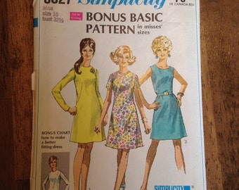 Simplicity Dress Patterns. 60's and 70's patterns. Super Cute dresses.