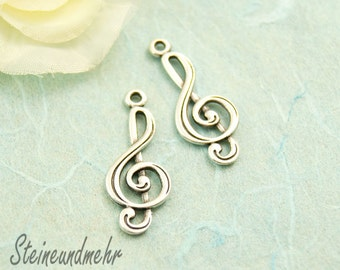 2 x clef 24 mm antique silver kind. 3186