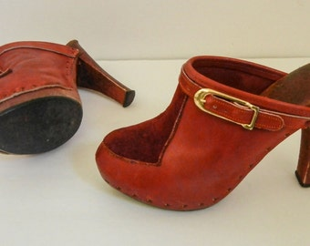 Natural Comfort New York Mules Clogs Size 6 - 61/2 Leather and Suede Dark Burnt Orange Burgundy