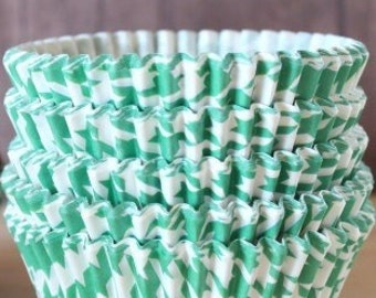 Green houndstooth cupcake liners set of 25-cupcake liners,  stay bright green houndstooth cupcake wrappers, baby shower cupcake wrappers