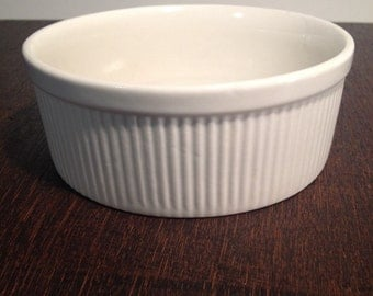 Hall China Carbonne White Souffle Dish