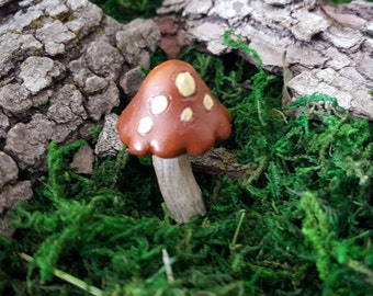 Miniature Mushroom - Brown with Yellow Dots