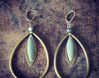 Rhinestone iuminous earring drop gray