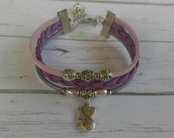 Girls Volleyball Bracelet// Friendship Bracelet// Team Colors// Volleyball Mom// Volleyball Gift// Choose  Colors & Sports Charm