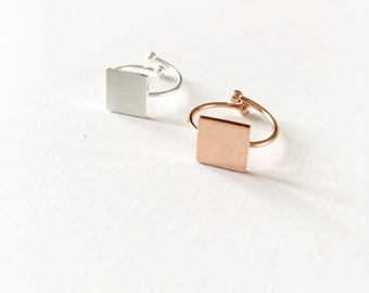 Squared plate ring