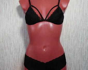 Black lingerie set / bra set / lace bralette / black bralette