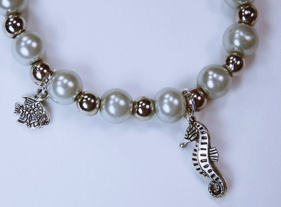 Bracelet, silver-coloured seahorse and silver fish pearl bracelet maritime motif-light mint-Silver jewelry seahorses