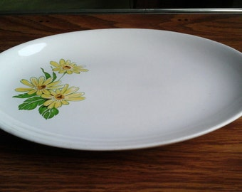 Daisy Platter, 60s Oval Serving Platter with Yellow Daisy Design