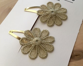 Daisy Snap Clip, Snap Clips for little girl or toddlers