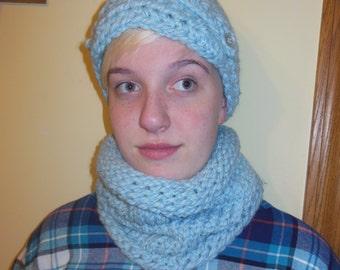 Chunky yarn Newsboy cap and cowl scarf