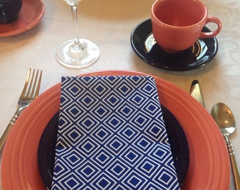 Dark Blue and White Geometric Cloth Napkins || Dinner Napkins
