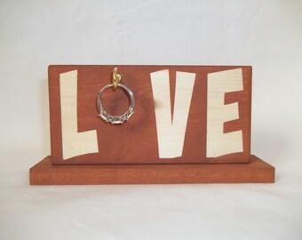 Love Ring Holder