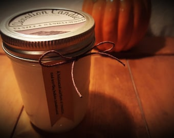 Vanilla Sandalwood Soy Wax Candle in 8 Oz Jar