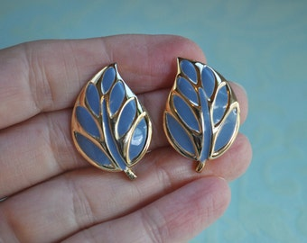 Slate Blue Enamel Leaf Earrings, Gold Tone, Blue Leaf Earrings, Blue Earrings, Gold and Blue, Pierced Earrings, Vintage Earrings, GS530