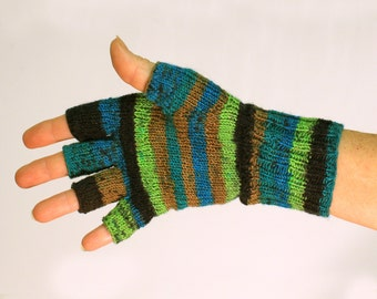 Fingerless gloves, light weight, machine washable, and tumble dry,durable,multicolor
